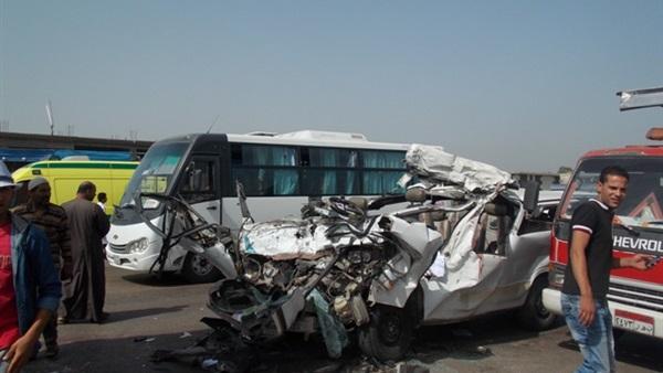 البوابة نيوز: بالفيديو.. سائقون :  الستات  و الفيس بوك  سبب حوادث المرور