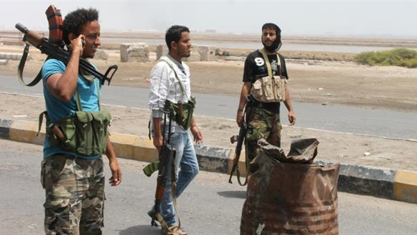 البوابة نيوز: خبير علاقات دولية: انتكاسة الثورة وراء ما يحدث في اليمن