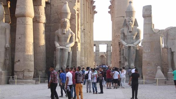 البوابة نيوز: بالفيديو..حسام العكاوي: السياحة تمرض ولا تموت وستعود فى 2017