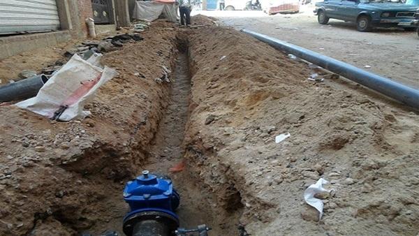 البوابة نيوز: شلل مروري بطريق السويس بسبب كسر ماسورة مياه