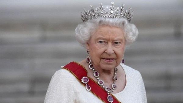 : مسئول بريطاني يتوقع زوال النظام الملكي بعد وفاة الملكة إليزابيث