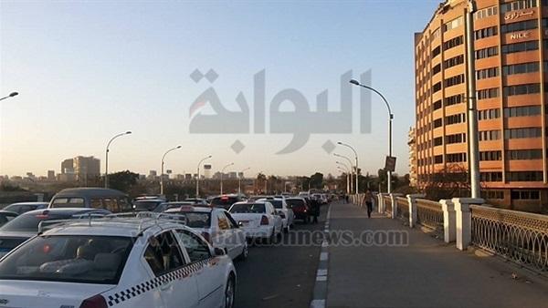 : شلل مروري على طريق  القاهرة - أسيوط