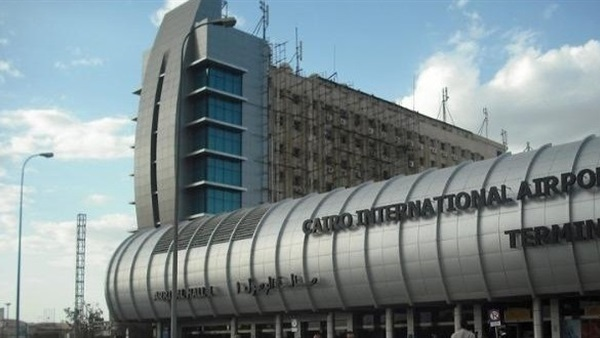 : وفد جمعية الصداقة المصرية الفرنسية يغادر مطار القاهرة