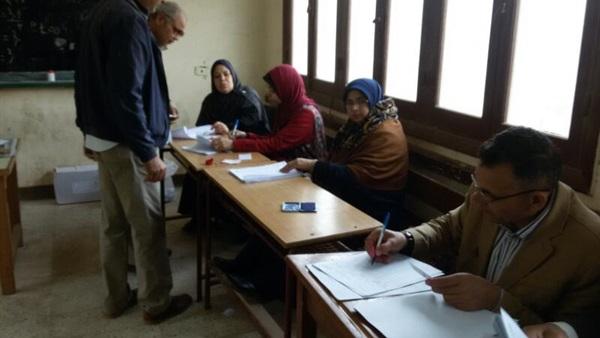 : فتح اللجان الانتخابية بدائرة وزير التموين في جولة الإعادة بين عبادة وحبيب