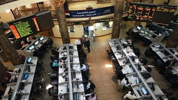 : البورصة توقف التعامل على أسهم 10 شركات