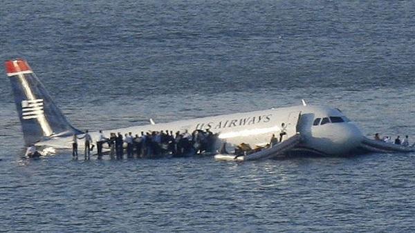 أكبر طائرة برمائية حجمًا في العالم تجري أول اختبار انزلاق لها