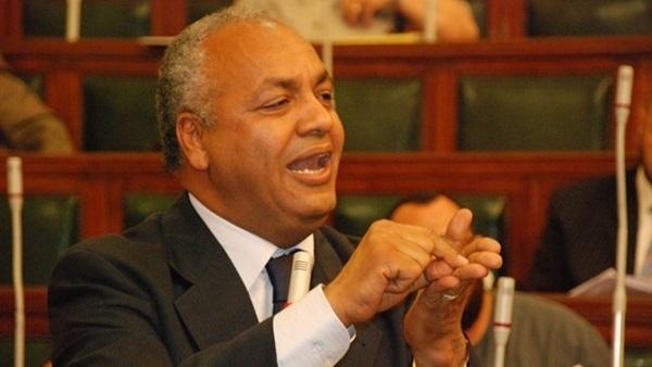 انسحابات وانتقادات للحكومة من لجنة الإعلام بسبب إهمال