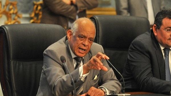 عبدالعال: وزير التنمية المحلية لازم يتحاسب في البرلمان بسبب النظافة
