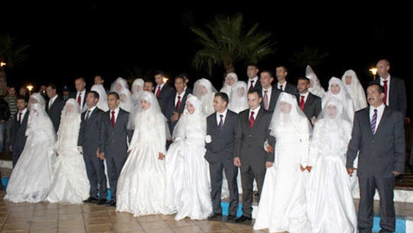 حفل زفاف جماعي للفتيات اليتيمات بالجامعة الأمريكية
