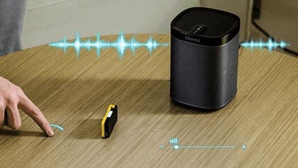 جهاز ذكي يحول أي سطح إلى أداة تفاعلية