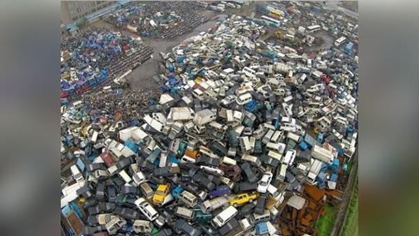 الصين تتخلص من 180 ألف سيارة