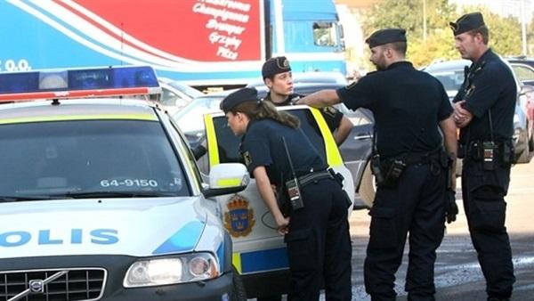 الشرطة السويدية تعتقل رجلًا حاول دخول مقر الحكومة