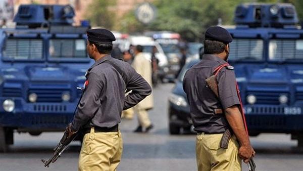 الشرطة الباكستانية تُحبط مؤامرة إرهابية خطيرة قبل تنفيذها في بيشاور