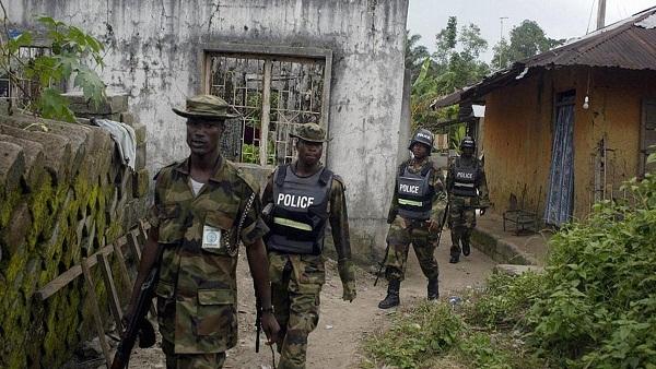 السجن لمسئولين نيجيريين باعا الأرز المخصص للفقراء