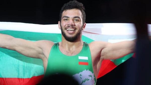 مفاجأة.. المصارع طارق عبدالسلام هرب من البعثة المصرية في بلغاريا