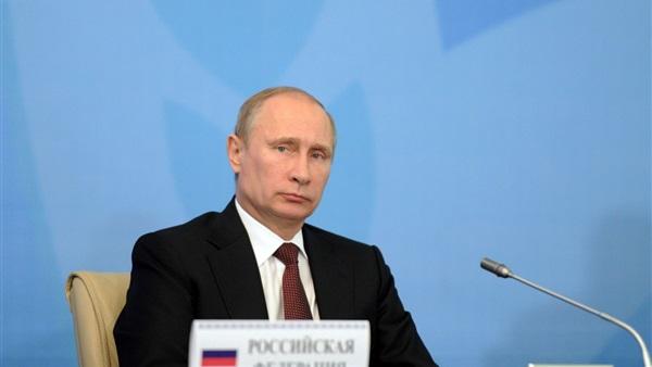 الرئيس الروسي يوقع مرسومًا ضد الحسابات المجهولة على الإنترنت