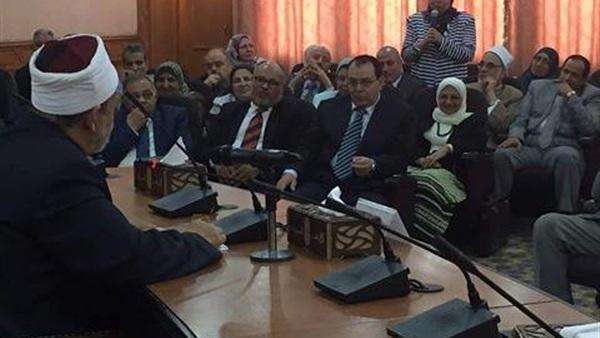 :  الطيب  يرأس اجتماع مجلس جامعة الأزهر بالدراسة