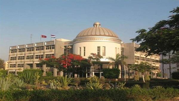 : إحالة عميد كلية في الفيوم للتحقيق بتهمة تعيين صديقه بالجامعة