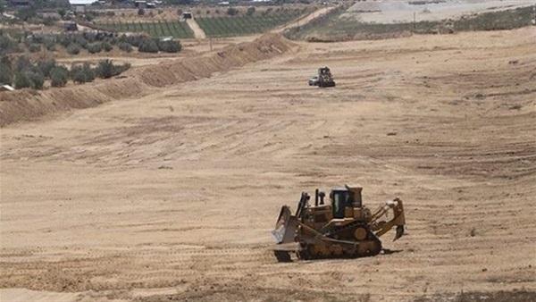 : بالصور.. حماس تقيم منطقة عازلة على الحدود مع مصر