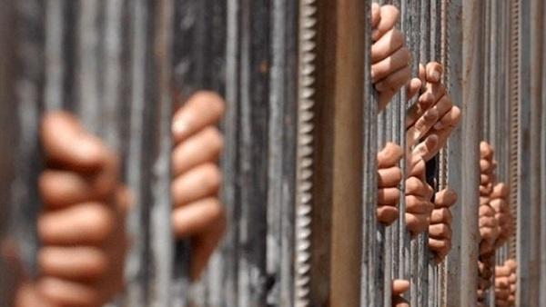 : حبس متهمين بقتل تاجر داخل فندق شهير بالسويس 15 يومًا