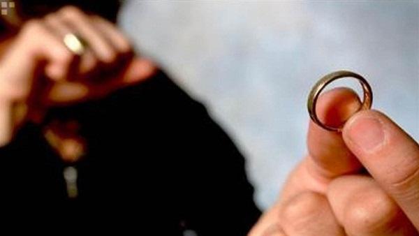 :   من_حقنا_نتجوز_تاني_وولادنا_في_حضننا .. هاشتاج يطالب بحق المطلقات في الزواج والحضانة