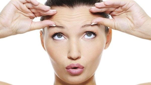 : علاج تجاعيد البشرة بالتنظيف العميق