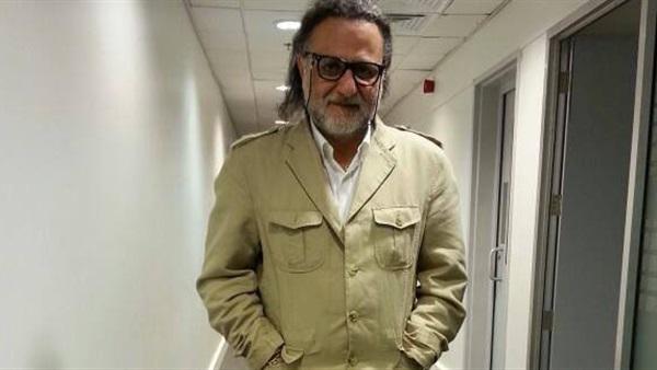 : وفاة الكاتب السوري صخر حاج في مستشفى بالإمارات