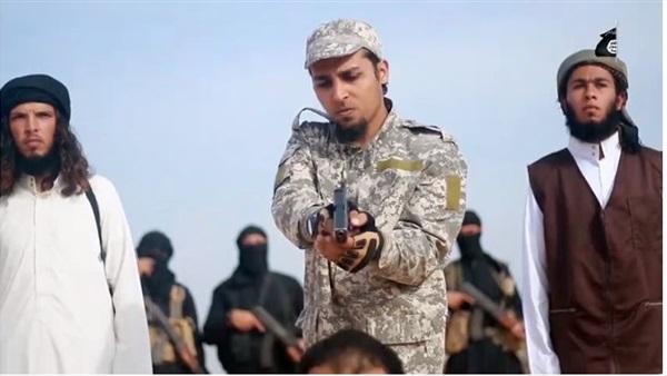 :    تكشف هوية قاتل المنشقين عن  داعش