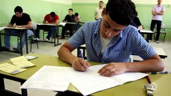 : تفشي عدوى الأخطاء فى امتحانات الفصل الدراسى الأول