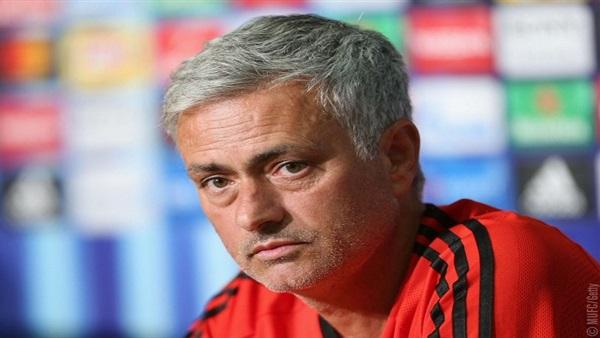 : مورينيو يلمح لرحيل مخيتاريان عن مانشستر يونايتد