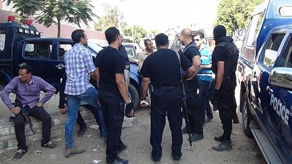 : ضبط شخصين بحوزتهما لفافة بانجو بقصد التعاطي بمصر الجديدة