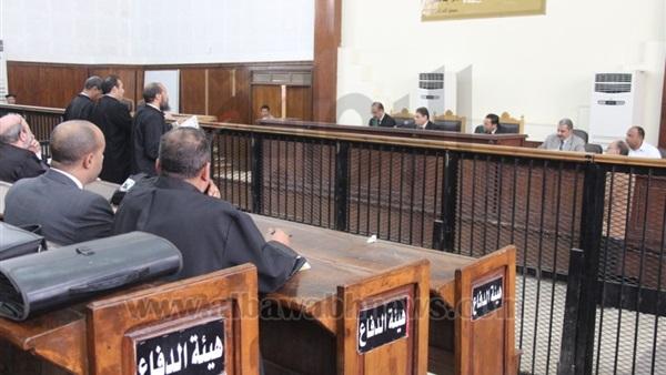 : اليوم.. محاكمة 3 متهمين في  رشوة البترول