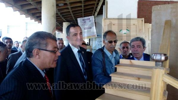 :  الجيوشي  يشهد المعرض الفني السنوي بمدرسة  تكنولوجيا الصيانة