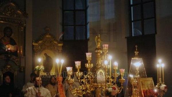 : هاشتاج  عيد القيامة  يتصدر  تويتر