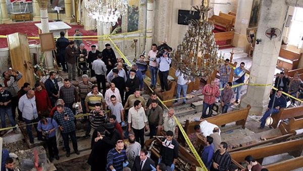 : كاتدرائية طنطا تصنع صلبانا من مخلفات تفجير العام الماضي