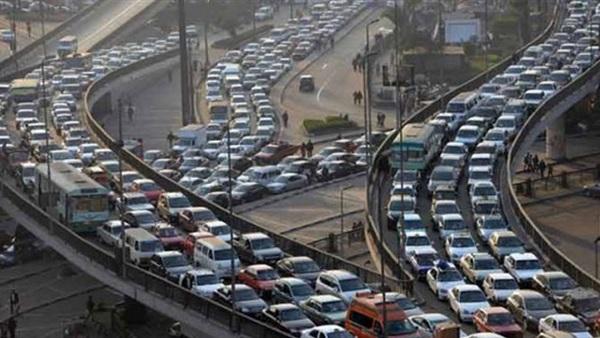 : بالفيديو.. كثافات مرورية على الطريق الدائري ومحور 26 يوليو
