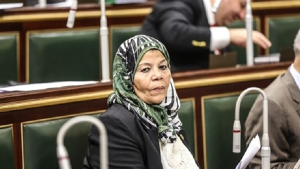 :  عربية البرلمان  تشيد بقرار فتح معبر رفح