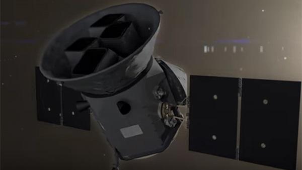 : أول صورة لـ صائد الكواكب !