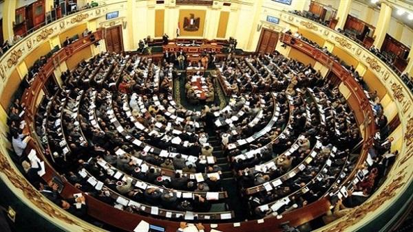 : وكيل إدارة المرور يستعرض أمام البرلمان حل أزمة الباعة الجائلين