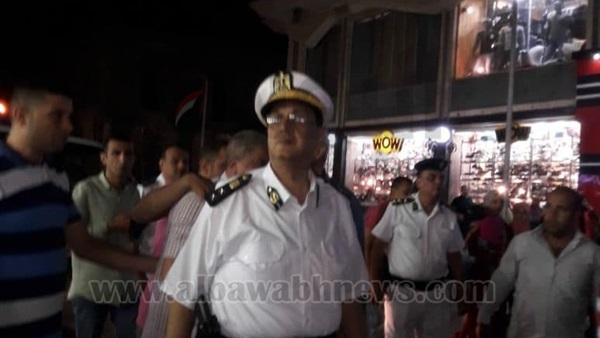 : بالصور.. حملة لتطهير شوارع حلوان من الباعة الجائلين
