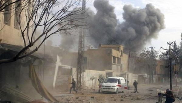 : المرصد السوري: مقتل 10 مدنيين في غارة استهدفت  داعش  بـ تل الشاير