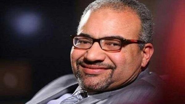 : بيومي فؤاد يتقدم ببلاغ ضد منتحل شخصيته على  فيس بوك
