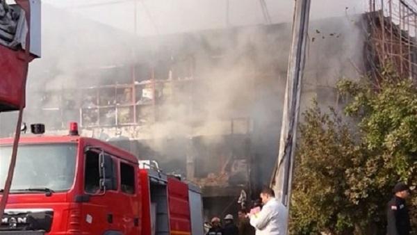 : حريق بأحد فروع شركات المصرية بأسيوط