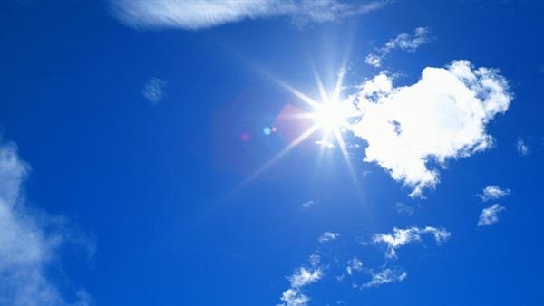 :  الأرصاد : انخفاض طفيف بدرجات الحرارة وطقس حار على القاهرة