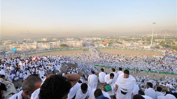 :  السياحة : فحص حالات التخلف عن العمرة لمسددي رسوم التكرار