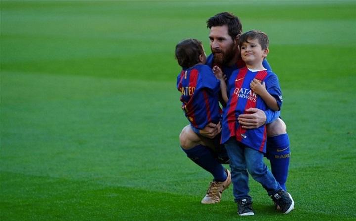 Messi ya eligió el nombre de su tercer hijo: Ciro