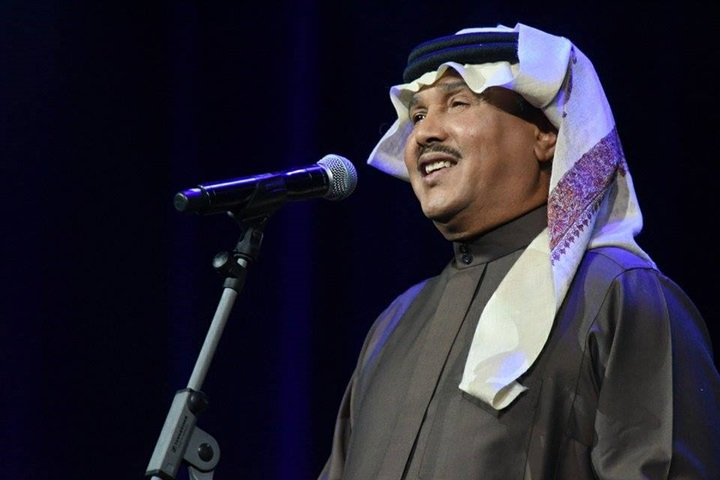 """محمد عبده يعدل أغنية """"الله أحد"""" في أحدث """"حفلات السعودية"""""""
