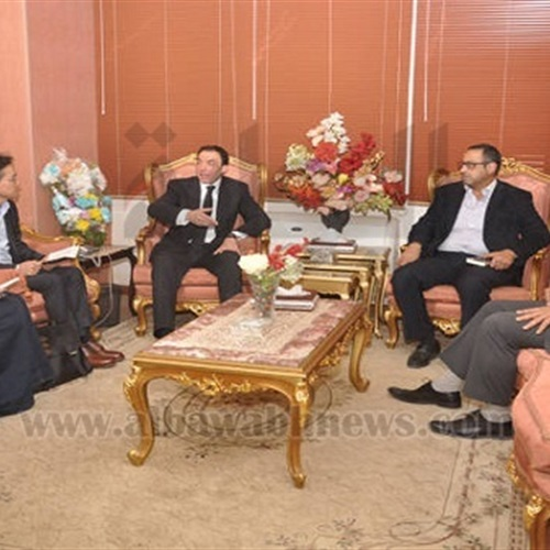 : بالصور.. محافظ بنى سويف الجديد يستقبل رئيس شركة سامسونج مصر