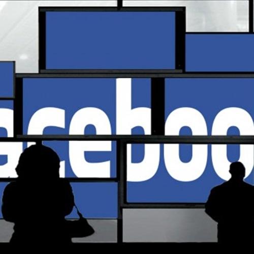: أحمد عامر: الاعتماد على  فيس بوك  يفقد الحالة الإنسانية بين الشعراء