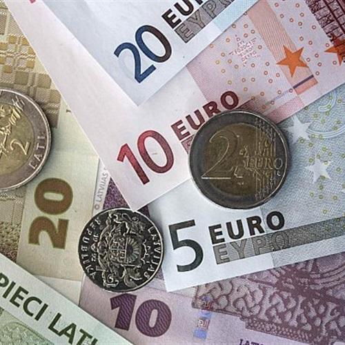 : اليورو يرتفع أمام العملات الرئيسية